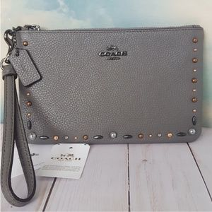 COACH Wristlet Prairie Rivets Heather Gray